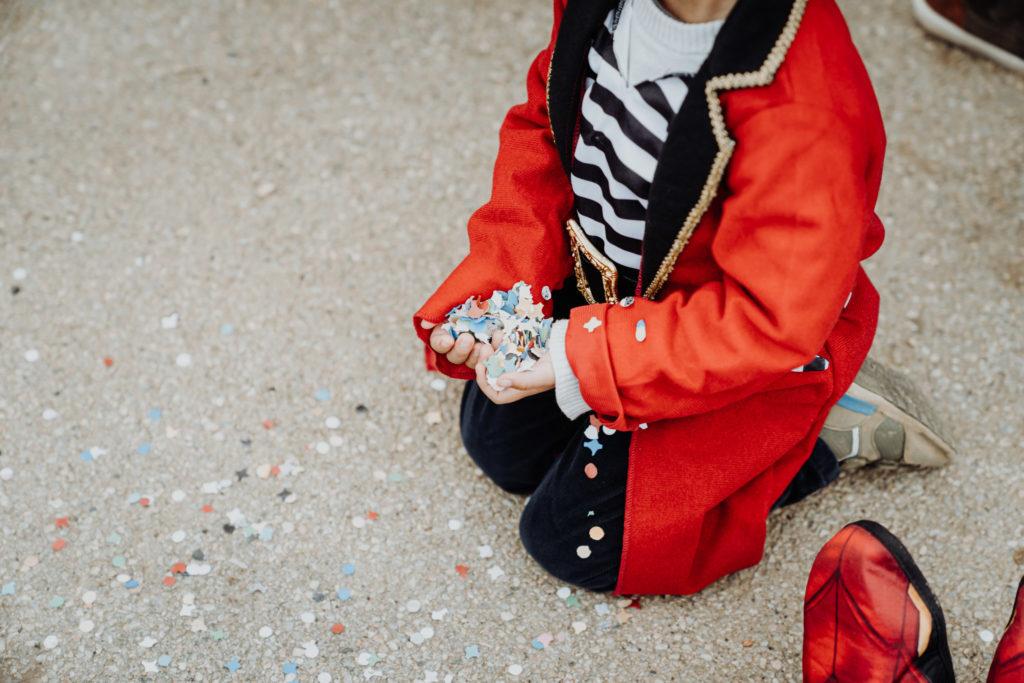 carnaval enfant école primaire fête sud de la france